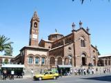 كاتدرائية القديس يوسف بني في عام 1922 في وسط العاصمة الارترية أسمرا من قبل السلطات الاستعمارية الإيطالية .