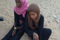 فتاتين من ضم 16 ارتريين تم تحريرهن من قبضة عصابات الرشايدة فى ديسمبر 2014