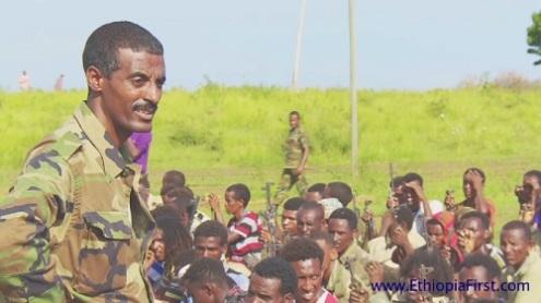 """الجنرال """"ملو اسقدوم"""" يتحدث الى جنوده الفارين من ارتريا الى داخل الاراضى الاثيوبية"""